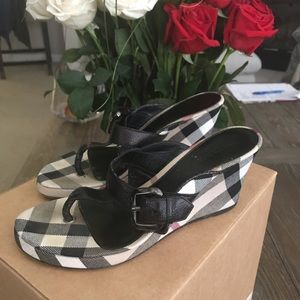 Burberry Wedge shoes size 39